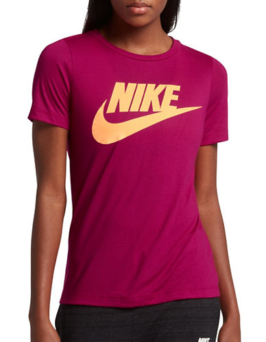 Nike Essential Crew Neck Tee-SPORT FUSCHIA-Small