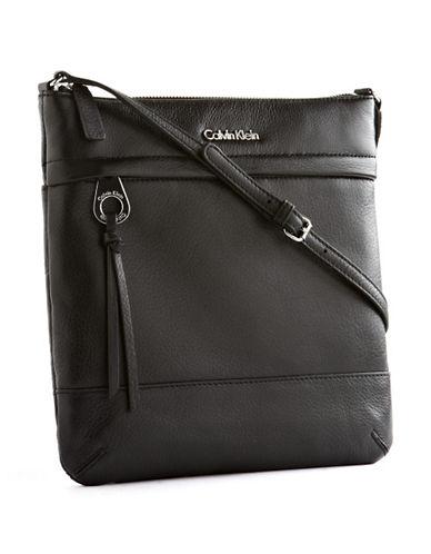 Calvin Klein Key Item Crossbody-BLACK-One Size