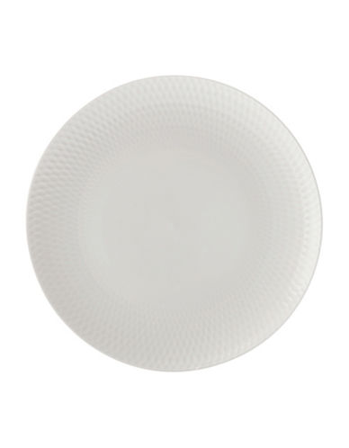 round-diamond-porcelain-entree-plate by maxwell-&-williams