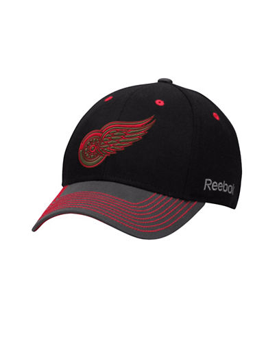 Reebok Detroit Red Wings Face-Off Tri-Tone Structured Flex Cap-RED MULTI-S/M