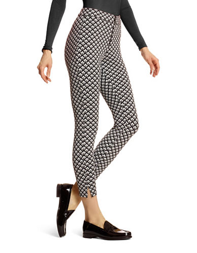 Hue Chevron Skimmer Leggings-BLACK-Medium