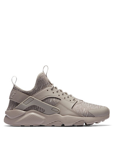 Nike Mens Huarache Run Sneakers 90046173