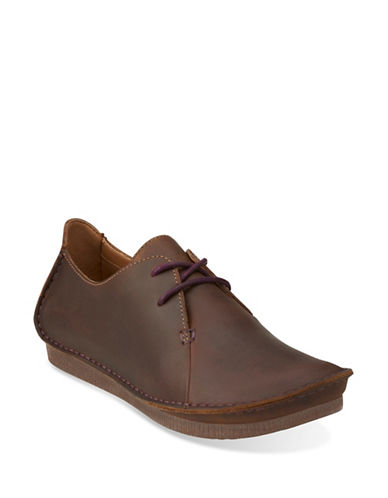Clarks Artisan Janey Mae Shoes-BEESWAX-9