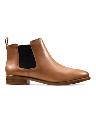 Clarks Taylor Shine Somerset Chelsea Boots-TAN-9.5