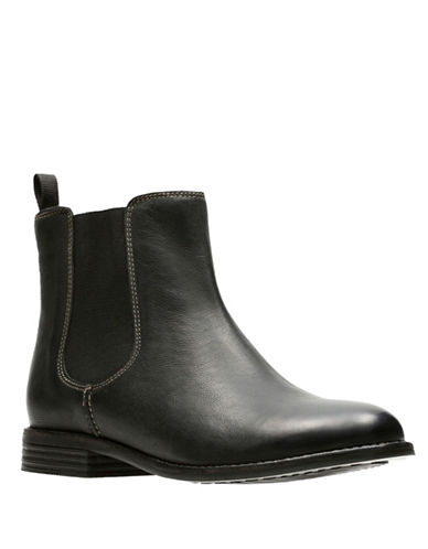 Clarks Artisan Leather Chelsea Boots-BLACK-10