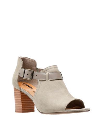 Clarks Deva Valeria Open Toe Sandals-SAGE-5.5