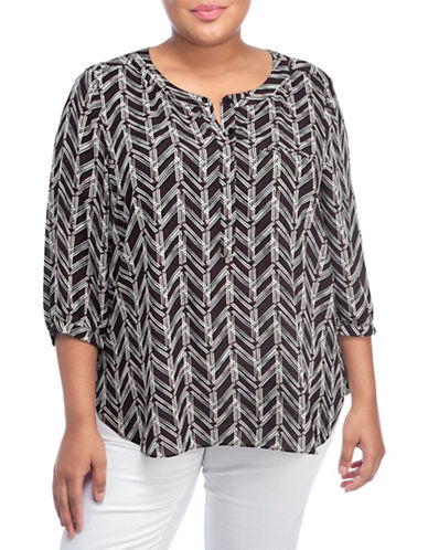 Nydj Plus Plus Houndstooth Split V-Neck Top-BLACK MULTI-2X plus size,  plus size fashion plus size appare