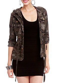 2b Carly Camo Anorak Jacket