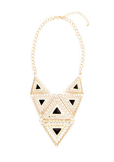 2b Statement Medallion Necklace