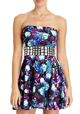2b Jeweled Bouquet Full Dress