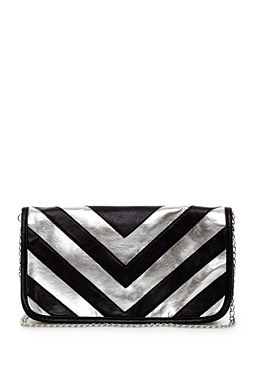 2b Striped Clutch