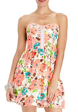 Staci Floral Dress at bebe
