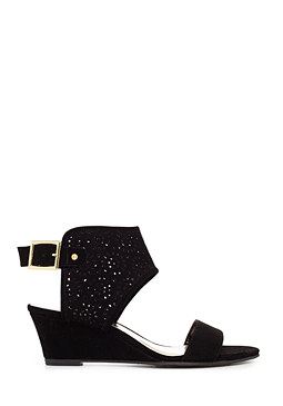 2b Kimberly Wedge Sandals
