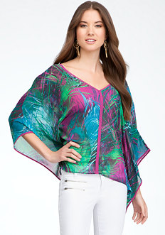 bebe V-Neck Printed Caftan Top