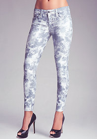 Romantic Garden Skinny Jeans at bebe