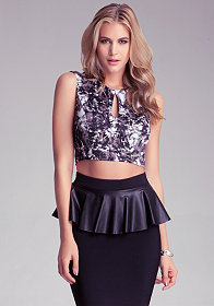 bebe Print Cropped Cutout Top