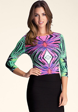 3/4 Sleeve Print Crop Top at bebe