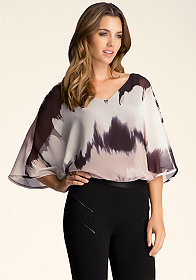 Batwing Printed Top at bebe
