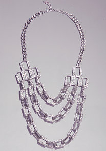 TEXTURED CHAIN NECKLACE at bebe