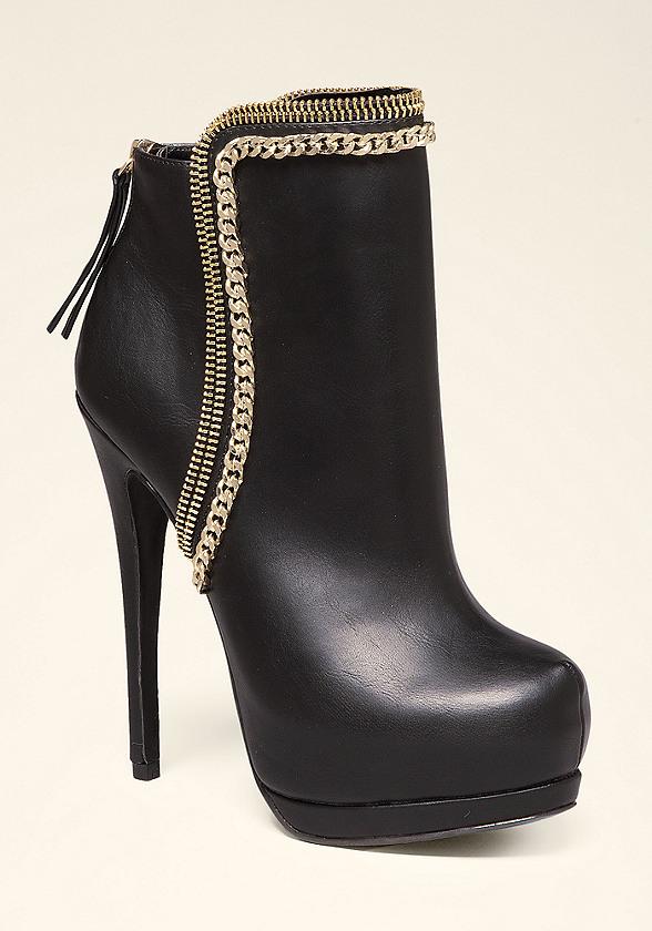 Oliviaa Chain Booties