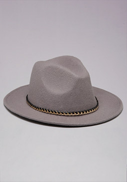 CHAIN FEDORA at bebe