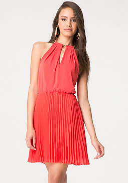 bebe Keyhole Pleated Dress