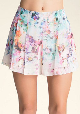 bebe Print Pleated Shorts