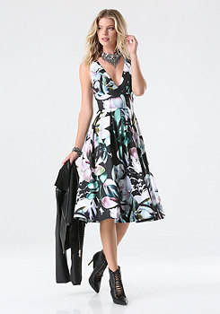 bebe Print Scuba Midi Dress