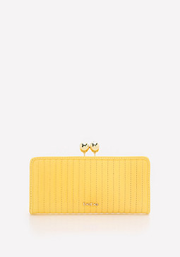 bebe Kisslock Quilted Wallet