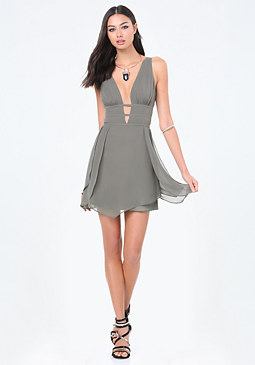 bebe Tulip Skirt Plunge Dress