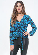 bebe Print Side Tie V-Neck Top