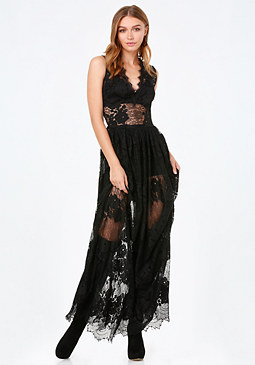 bebe Scallop Lace V-Neck Gown