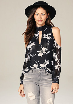 bebe Keyhole Bare Shoulder Top