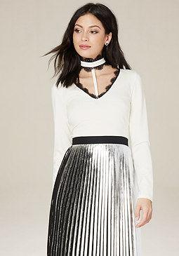 bebe Lace T-Choker Crop Top