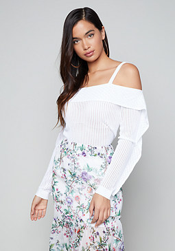 bebe Sommer Off Shoulder Top