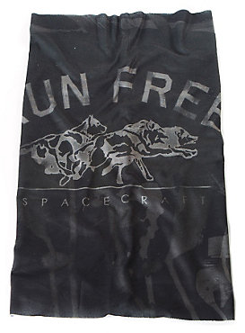 Spacecraft Run Free Neck Gaiter