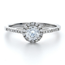 Forevermark® Round Diamond Engagement Ring