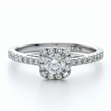 Round Cut Forevermark® Diamond Engagement Ring