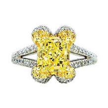 Ritani Masterwork Yellow Radiant Diamond Ring