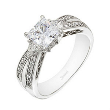 Simon G Princess Cut Diamond Engagement Ring