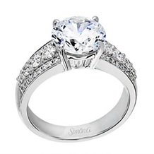 Exquisite Simon G Diamond Engagement Ring
