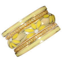Hidalgo 18 Karat Gold and Enamel Daisy Ring