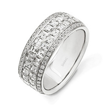 Beautiful 1.5 Carat Simon G. Diamond Band