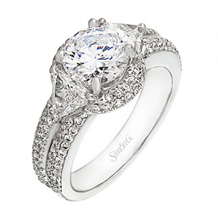 Exquisite Simon G. Diamond Engagement Ring