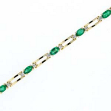 Exquisite Oval Emerald Bracelet