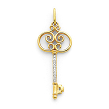 Diamond Key Pendant 14k Yellow Gold 1/10Ct.