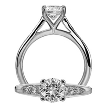 Gorgeous Ritani Modern Engagement Ring