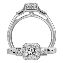 Gorgeous Ritani Three Stone Classic Engagement Ring