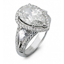Gorgeous Pear Shaped Simon G Diamond Ring