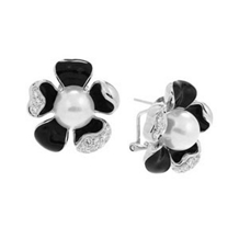 Belle Etoile Pearl Collection Daisy Black Earrings